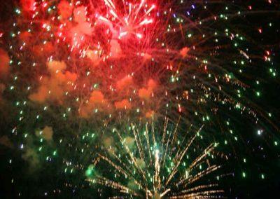 2016 Volksfest Bruckmuehl Tag10 Feuerwerk