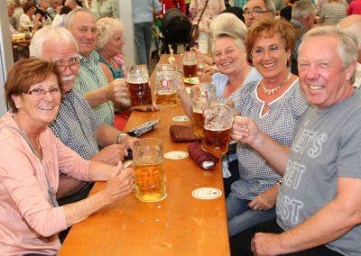 2016-Volksfest-Bruckmuehl-Tag6-Prosit der Gemütlichkeit-2