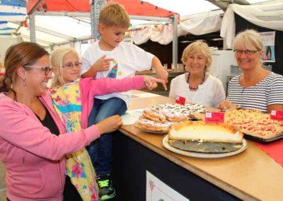 Volksfest Bruckmühl 2016 - Kaffee und Kuchen