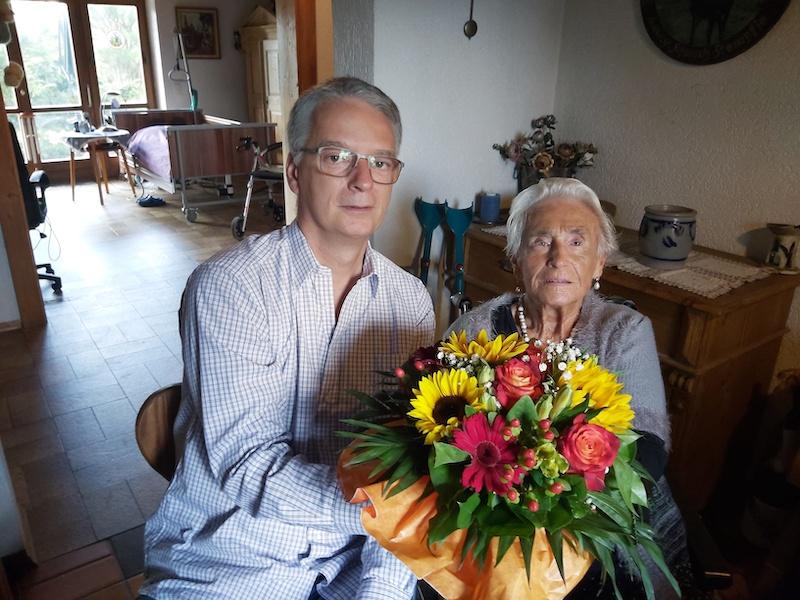 Gratulation: Ehrenmitglied Ursula Stempfle wird 95 Jahre